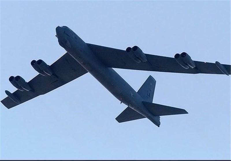 آمریکا اعتراض چین به پرواز بمب افکن بی 52 در نزدیکی جزایر مصنوعی را آنالیز می نماید