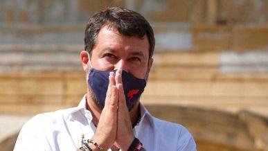 شروع محاکمه وزیرکشور سابق ایتالیا به اتهام جلوگیری از پهلوگیری کشتی پناهجویان