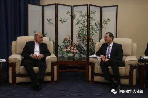خبرنگاران سفیر ایران در پکن: سفر ظریف به چین شتاب دهنده مشارکت جامع راهبردی است