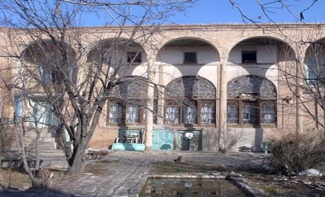 بازسازی خانه رئیس زاده در اسکو با رضایت مالک امکان پذیر است