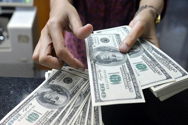 قیمت دلار آمریکا دوشنبه 20 بهمن 1399 به 23 هزار و 700 تومان رسید
