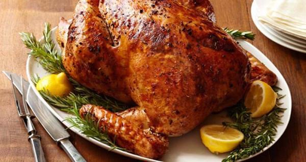 طرز تهیه مرغ بریان شکم پر در منزل