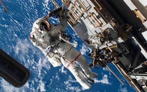 دویست و سی و هفتمین پیاده روی فضایی انجام شد
