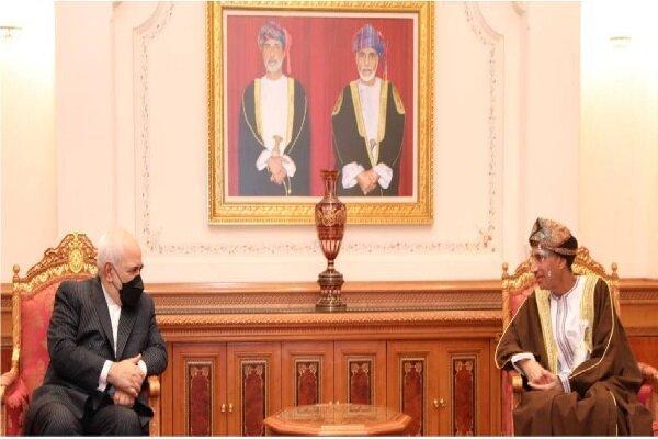 ظریف با معاون سلطان عمان ملاقات کرد