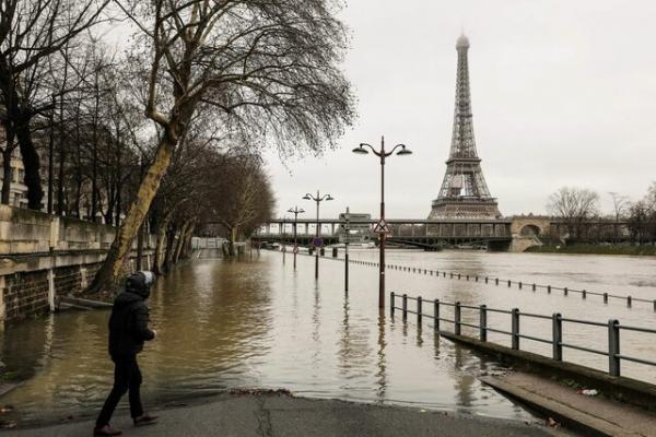 اقتصاد فرانسه به مدار رشد برگشت