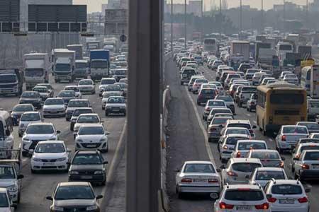 آمار تردد خودرو در جاده ها همچنان افزایشی است ، 11 جاده مسدود است