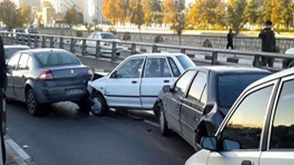 58 درصد تصادفات در بزرگرا ها اتفاق می افتد