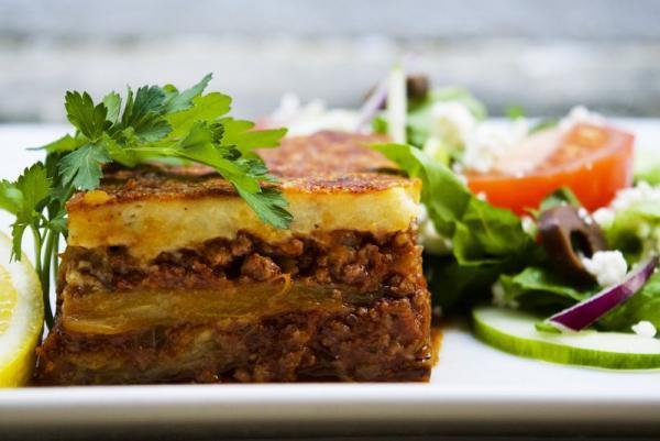 غذاهایی که قبل از ترک یونان باید امتحان کنید